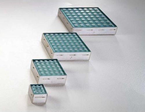 illuminating tiles LED